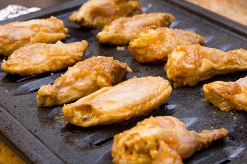 buffalo wings recipe broiled bbq buffalo wings these chicken wings ...