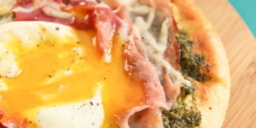 kale pesto, green eggs and ham pizza, Dr. Seuss birthday recipes