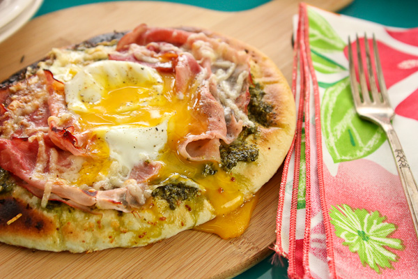 green eggs and ham pizza, kale pesto, green eggs and ham, Dr. Seuss,