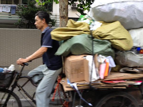 Shanghai bicyclist