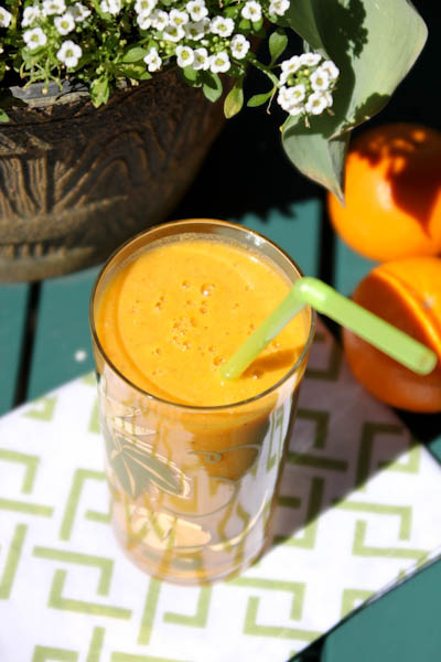 Tangerine turmeric antioxidant smoothie