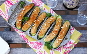 Cucumber Hatch Chile Hummus Boats-0831
